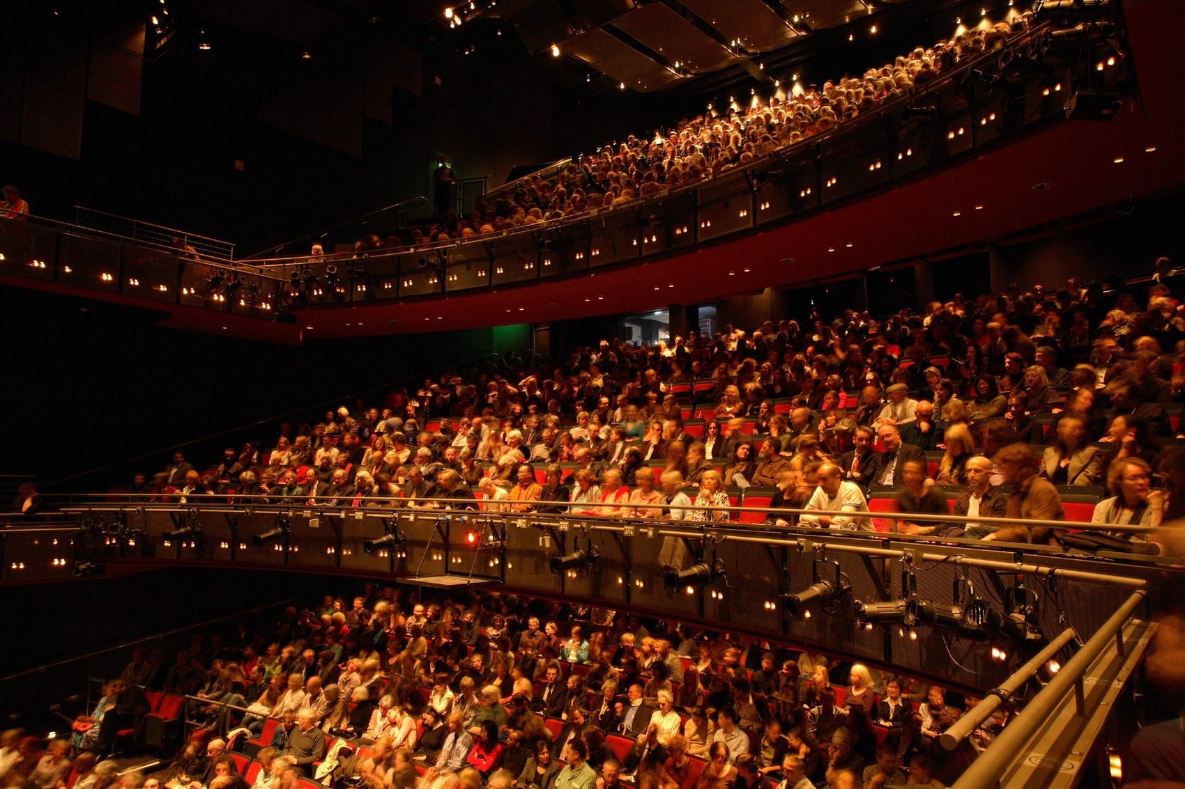 sadlers-wells-audience