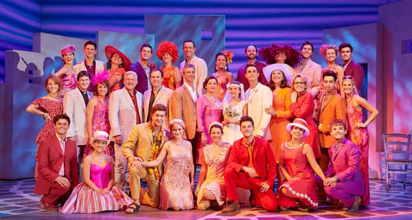 1The-cast-in-the-West-End-production-of-MAMMA-MIA!-Credit—Brinkhoff-&-Mîgenburg