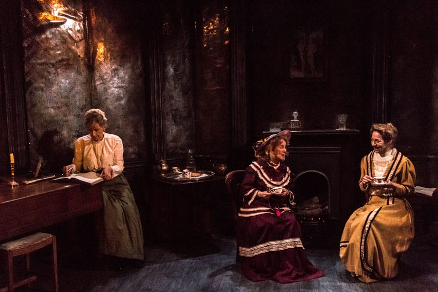 The Passing Of The Third Floor Back Finborough Theatre