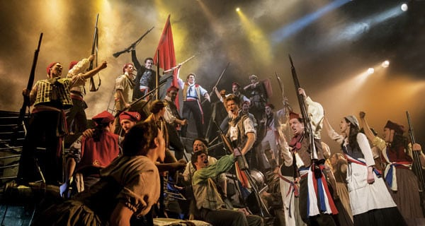 Les-Misérables.-The-Barricade.-Photo-by-Johan-Perron.