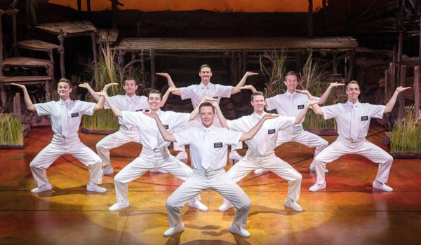 The-Book-of-Mormon-London-Company-5.-The-Book-of-Mormon-London.-Credit-Johan-Persson-2016