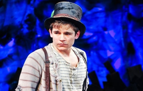Jason Ralph in Peter And The Star Catcher