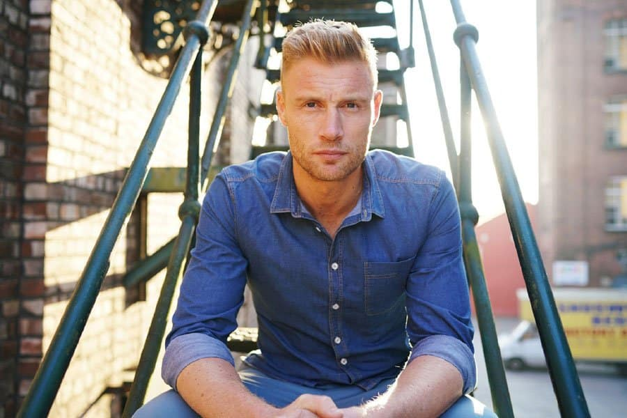 Andrew Freddie Flintoff joins the Cast of Fat Friends the musical UK Tour