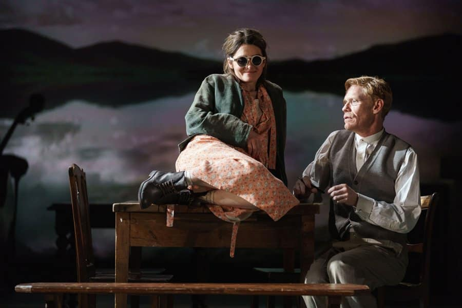 Shirley-Henderson-(Elizabeth-Laine)-and-Michael-Shaeffer-(Reverend-Marlowe)-in-Girl-from-the-North-Country-at