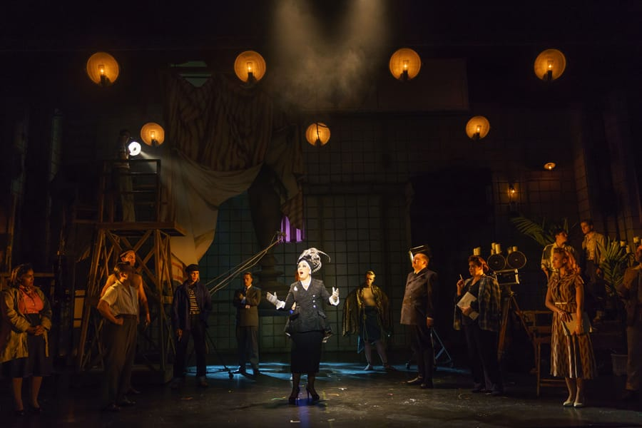 REVIEW: Sunset Boulevard - UK Tour, New Victoria Theatre Woking ✭✭✭✭✭