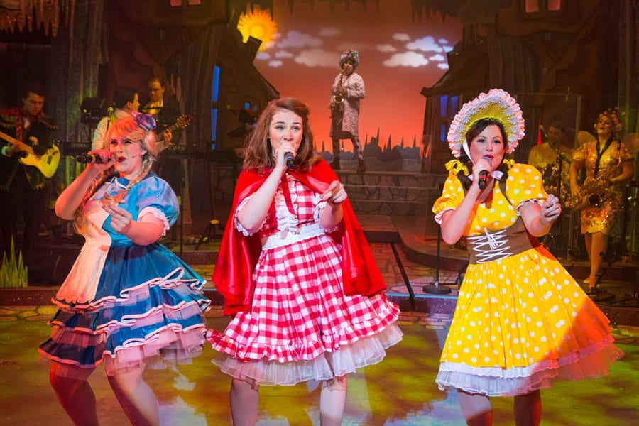 Red Riding Hood Review New Wolsey Theatre