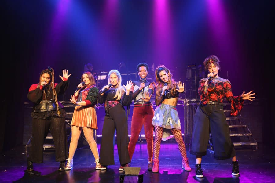 SIX the musical Arts Theatre review