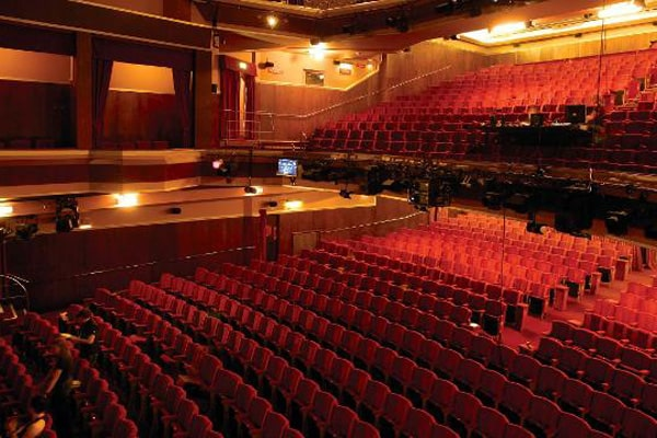 adelphi-theatre-interior