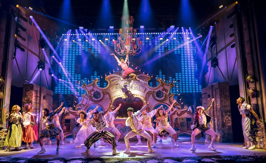 & Juliet Shaftesbury Theatre