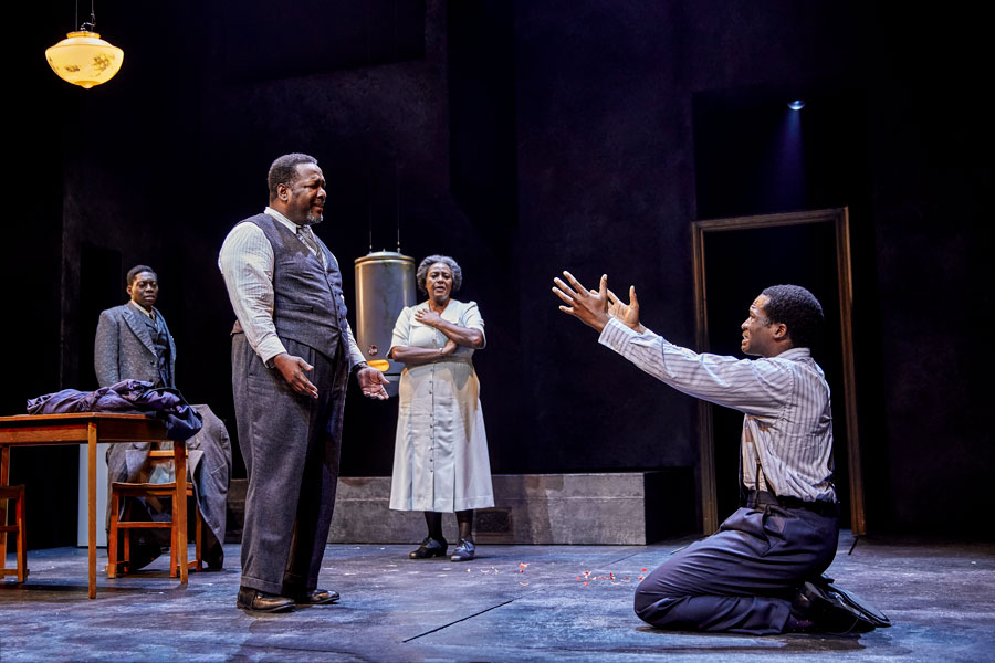 REVIEW: Death Of A Salesman, Piccadilly Theatre London ✭✭✭✭✭