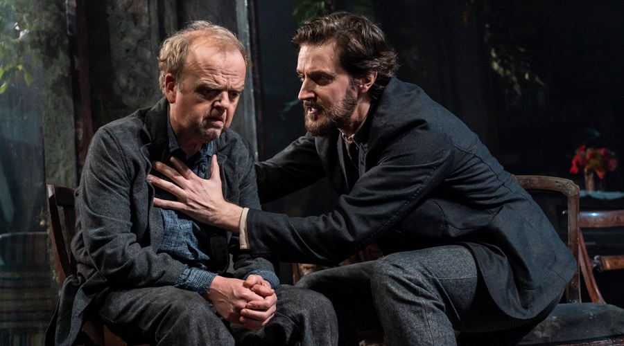 FIRST LOOK: Richard Armitage and Toby Jones in Uncle Vanya